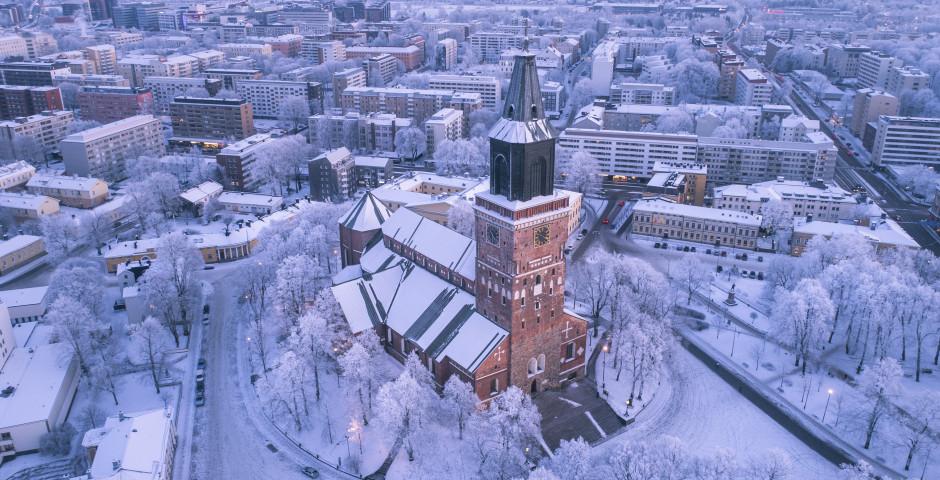 Der Dom von Turku im Winter