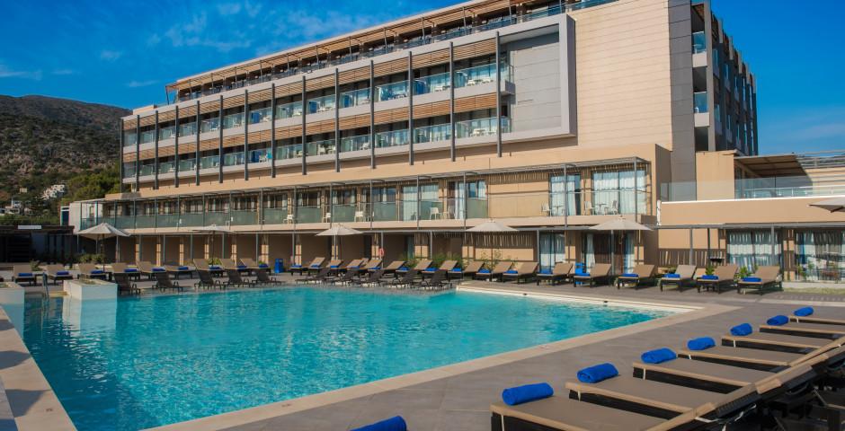 I-Resort Beach Hotel and Spa