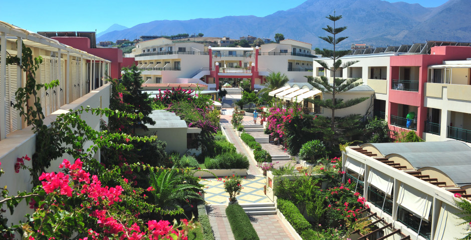 Hydramis Hotel Palace