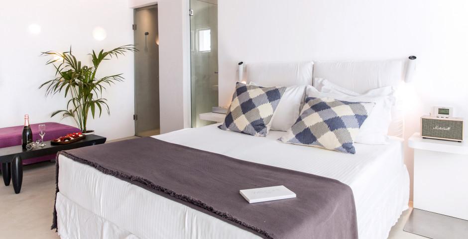 Ostraco Hotel & Suites