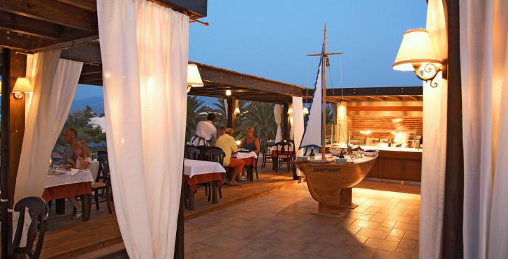 Image 11547164 - Sandy Beach Hotel
