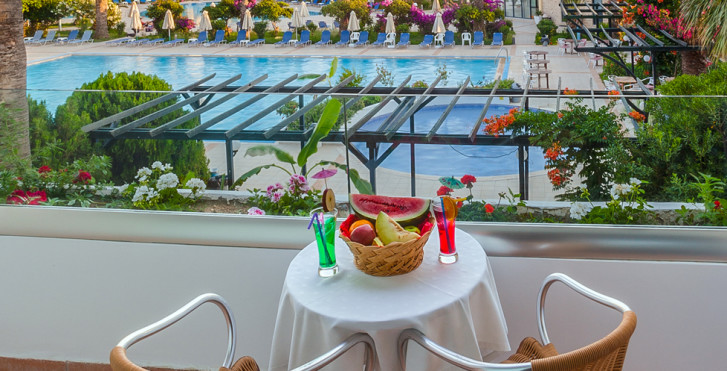 Image 16935601 - Tigaki Beach Hotel