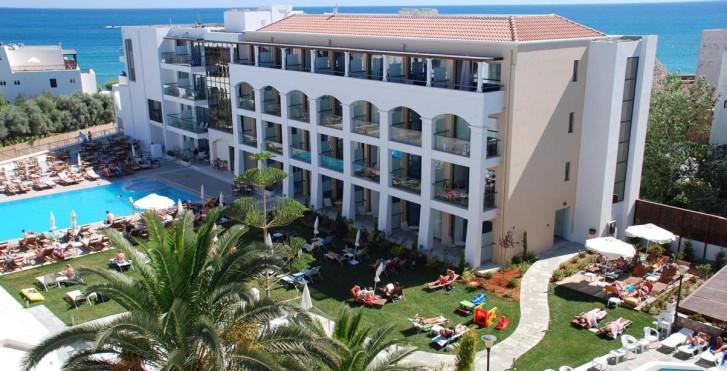 Image 24800559 - Albatros Hotel