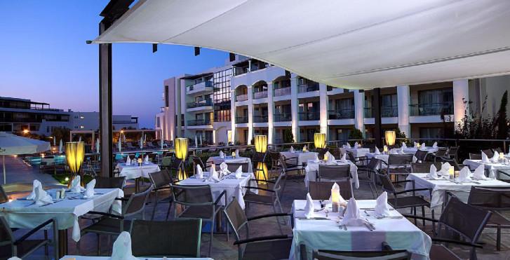 Image 24800551 - Albatros Hotel