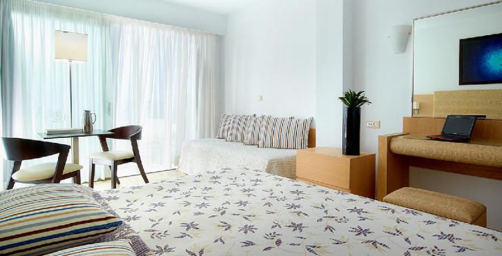 Image 24800554 - Albatros Hotel