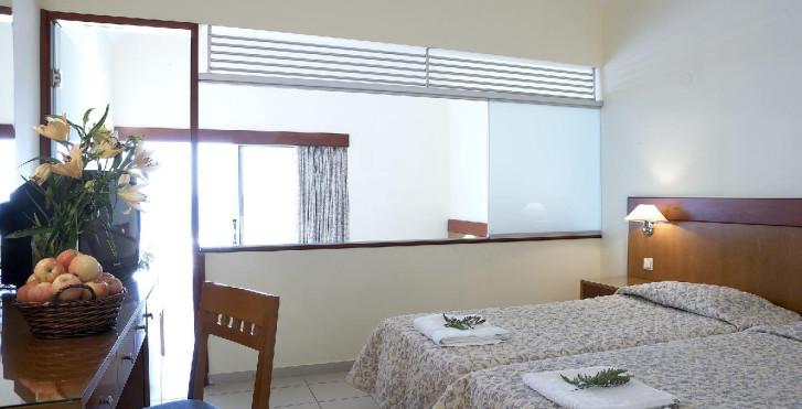 Bild 23905821 - Avra Beach Resort