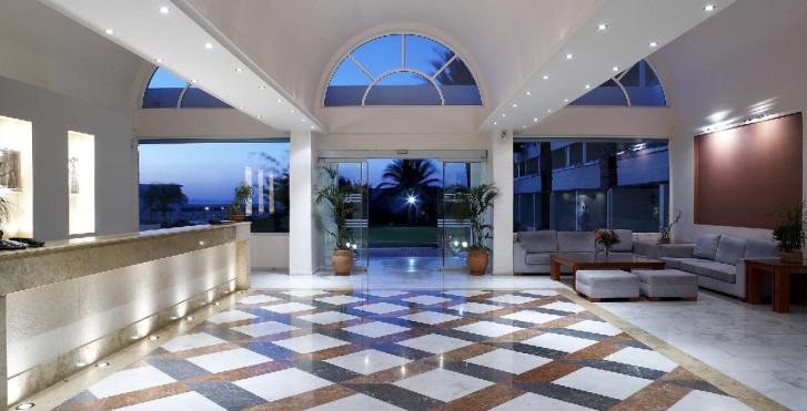 Bild 23905835 - Avra Beach Resort