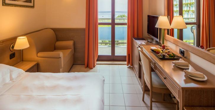 DoppelzimmerExecutive - Atahotel Naxos Beach