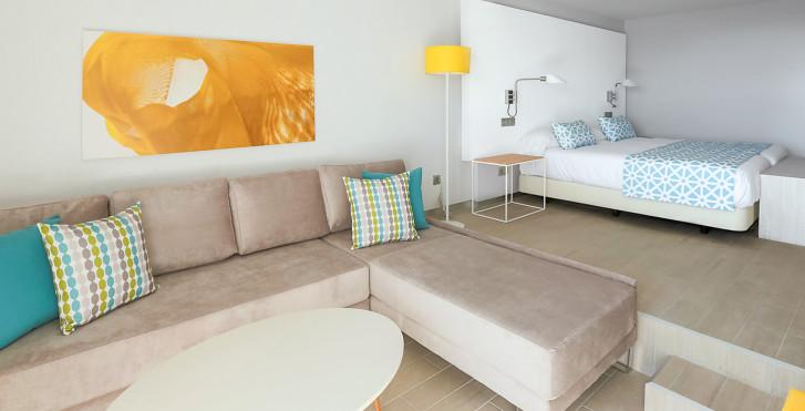 Image 28528176 - Santa Monica Suites Hotel