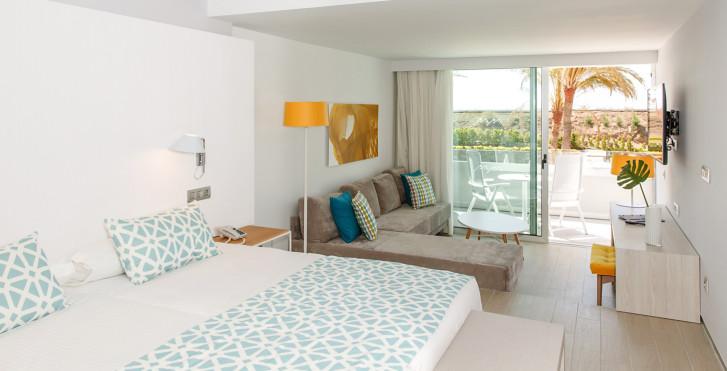 Image 28528184 - Santa Monica Suites Hotel