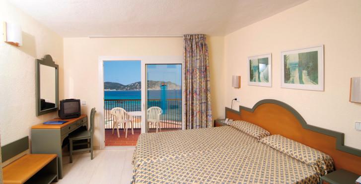 Bild 7910040 - Invisa Figueral Resort Cala Blanca – Cala Verde