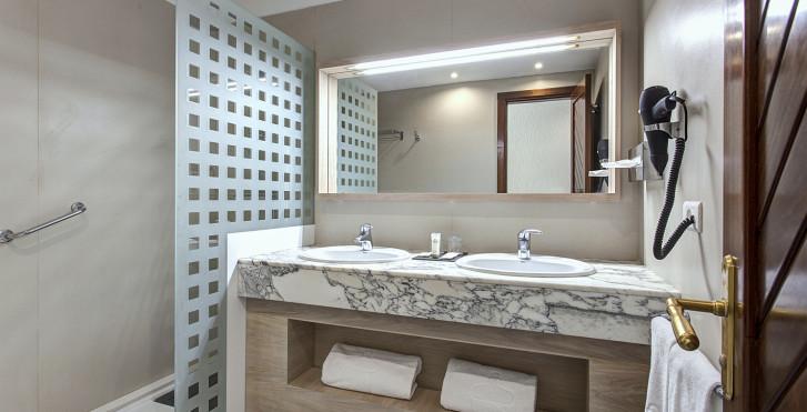 Suite - Suite Hotel Fariones Playa