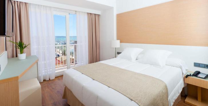 Image 7161361 - Alexandra Hotel
