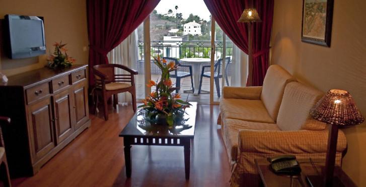 Image 28360169 - Spa La Quinta Park Suites