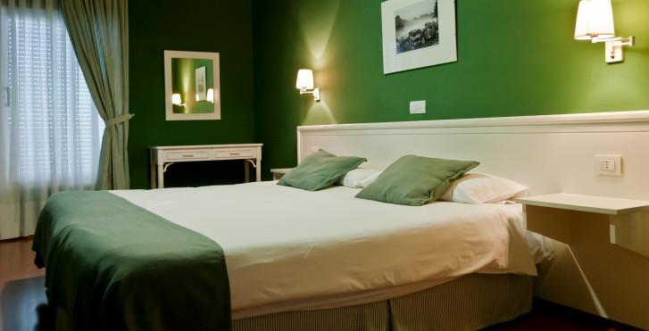 Image 28360182 - Spa La Quinta Park Suites