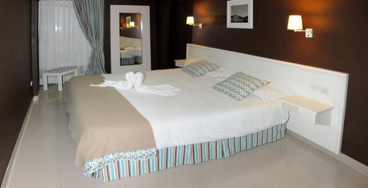 Image 28360187 - Spa La Quinta Park Suites