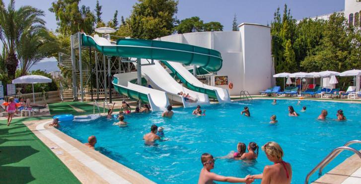 Bild 24142516 - Hotel Alantur