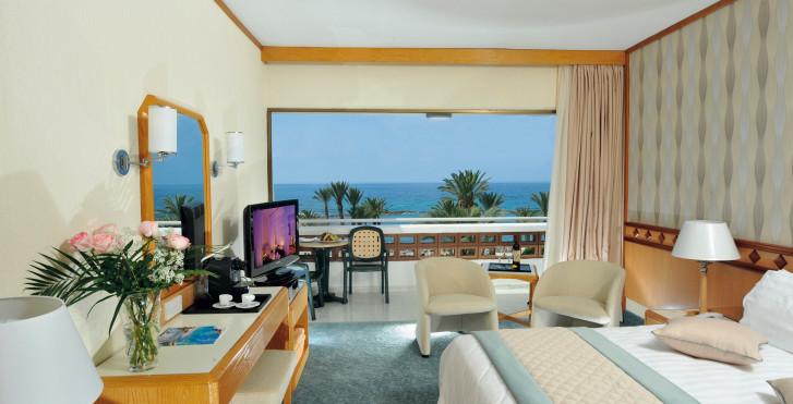 Bild 7496749 - Constantinou Bros Pioneer Beach Hotel