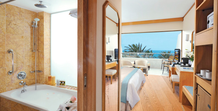 Image 31322921 - Constantinou Bros Pioneer Beach Hotel