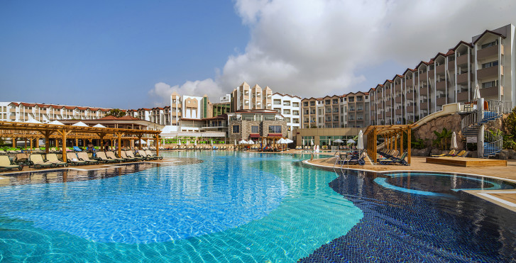 Image 18950662 - Arcanus Side Resort