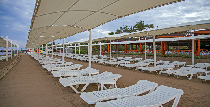 Image 18950644 - Arcanus Side Resort