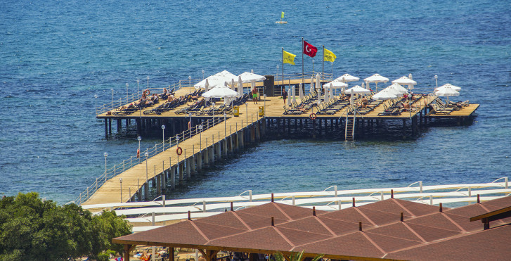 Image 18950664 - Arcanus Side Resort