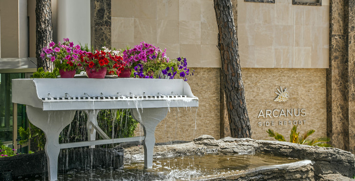 Image 18950675 - Arcanus Side Resort