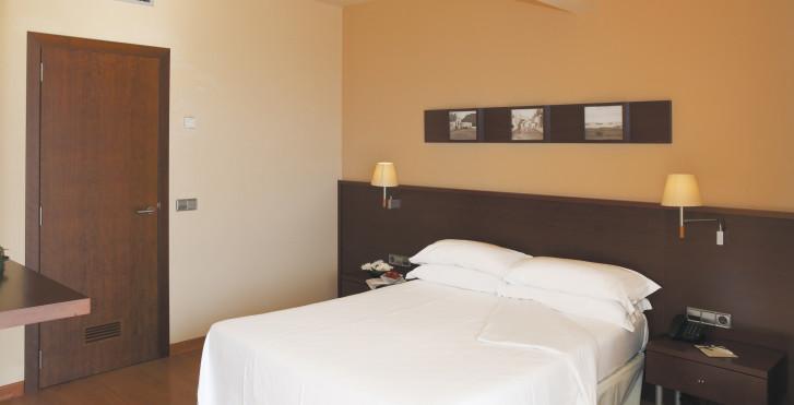 Image 7860305 - Hôtel Victoria