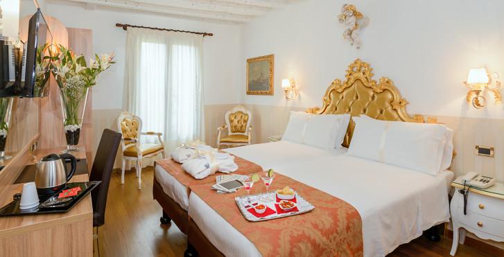 Bild 25447020 - Hotel Ala (ex. Best Western Hotel Ala)