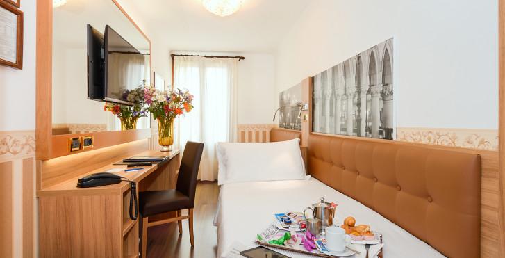 Bild 25447030 - Hotel Ala (ex. Best Western Hotel Ala)
