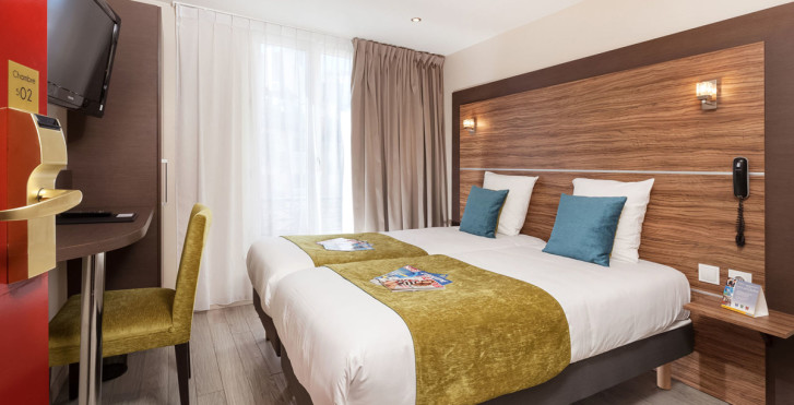Comfort hotel lamarck paris vacances migros for Liste des hotels a paris