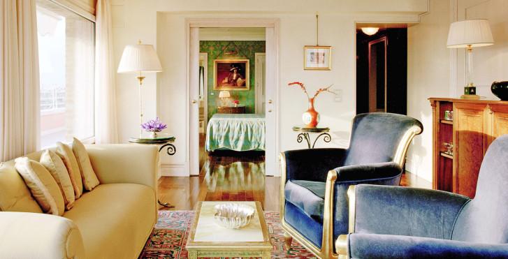 Image 26786330 - Bauer Palazzo