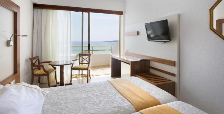 Bild 24735614 - Hotel Biniamar