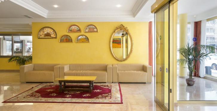 Bild 24735610 - Hotel Biniamar
