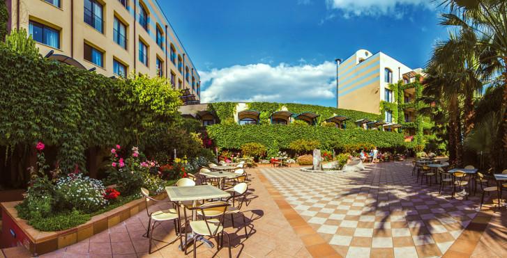 Image 25564596 - Caesar Palace Giardini Naxos