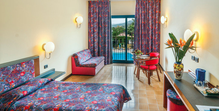 Image 25564582 - Caesar Palace Giardini Naxos