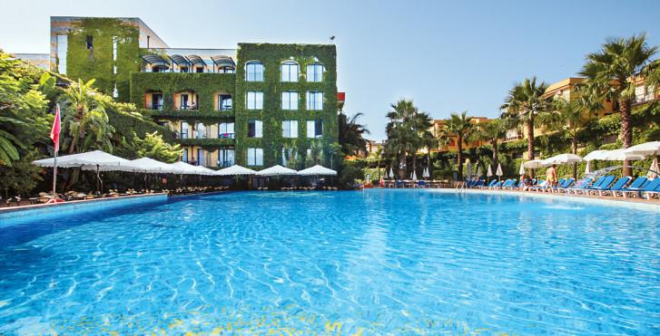 Image 25564580 - Caesar Palace Giardini Naxos
