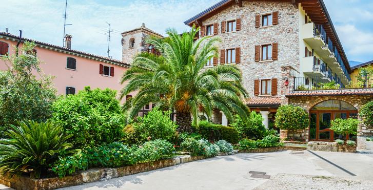 Image 25506082 - Hôtel Antico Monastero & Camping Toscolano