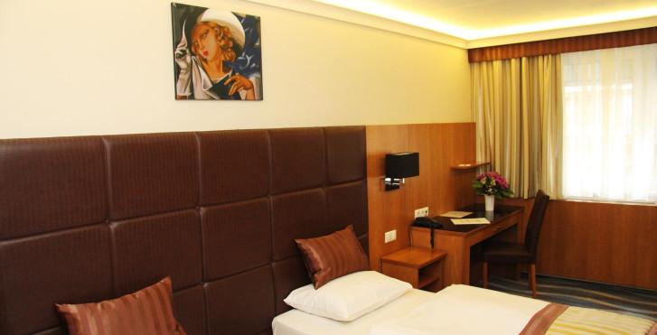 Image 27678196 - Carlton Hotel Budapest