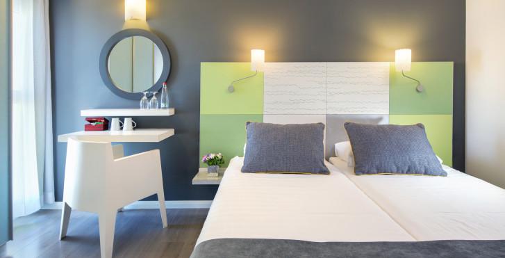 Image 26757555 - City Hôtel