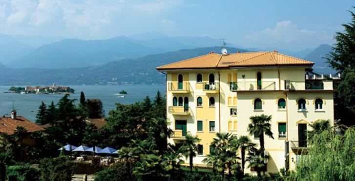 Hotel flora stresa lago maggiore italienische seite for Designhotel lago maggiore