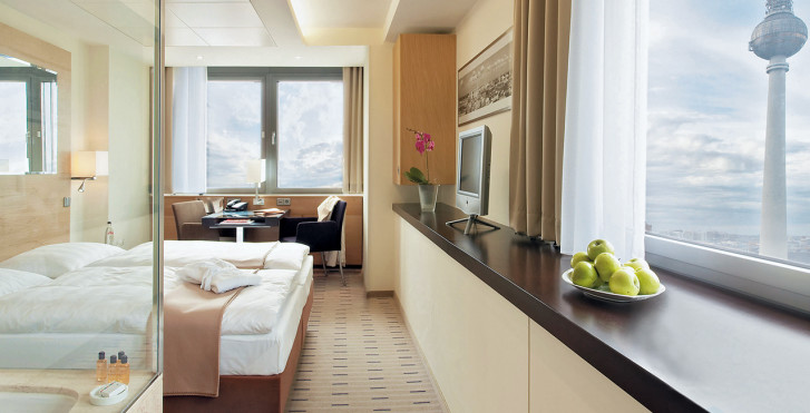 Junior Suite - Park Inn by Radisson Berlin Alexanderplatz