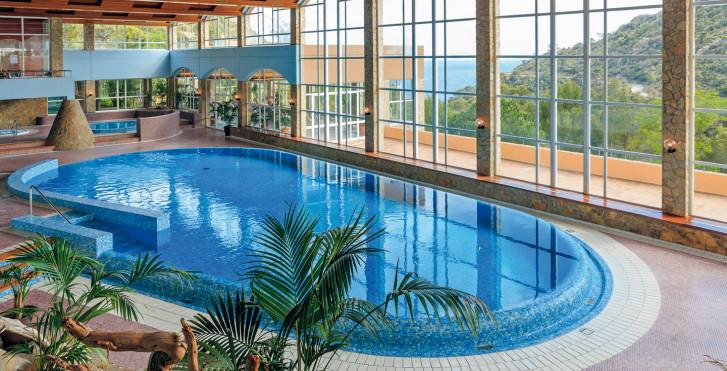 Image 25631761 - Giverola Resort