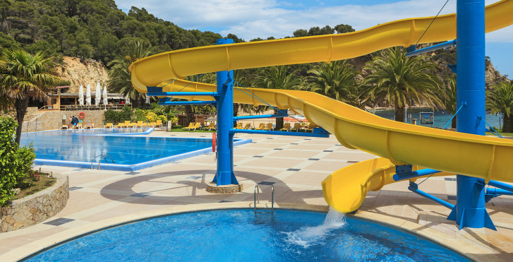 Image 25631754 - Giverola Resort