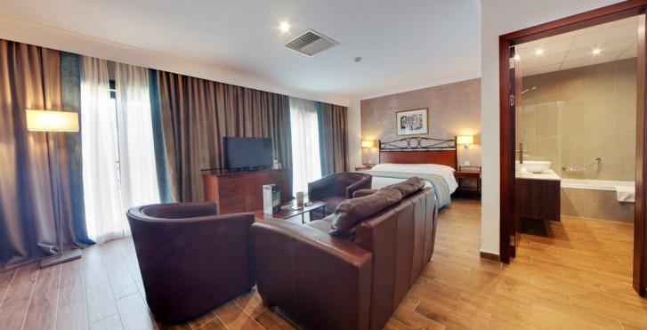 Image 26397296 - Golden Tulip Vivaldi Hotel