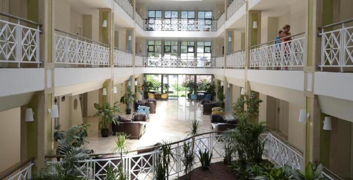 Image 7273603 - Greenwood Resort
