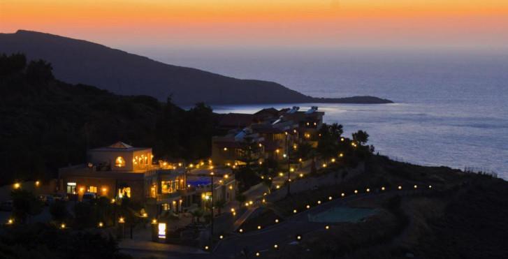 Image 9576757 - Happy Cretan