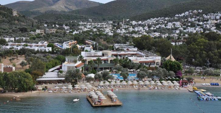 Image 13469683 - Izer Hotel & Beach Club