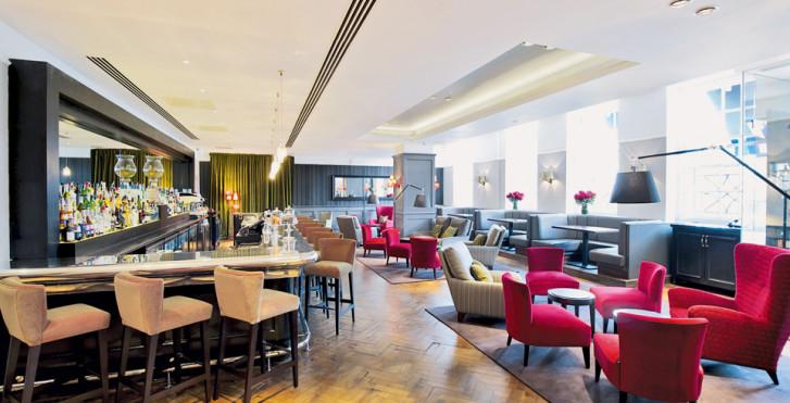 Image 7974129 - London Bridge Hotel