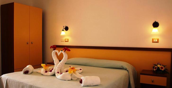 Image 17050175 - Hôtel Marinella